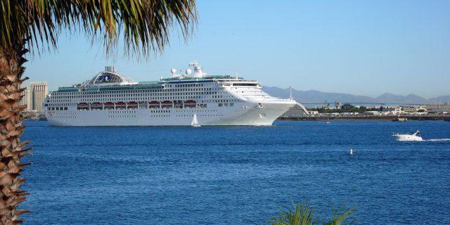 Kryssningsfartyg – havens flytande nöjesparker